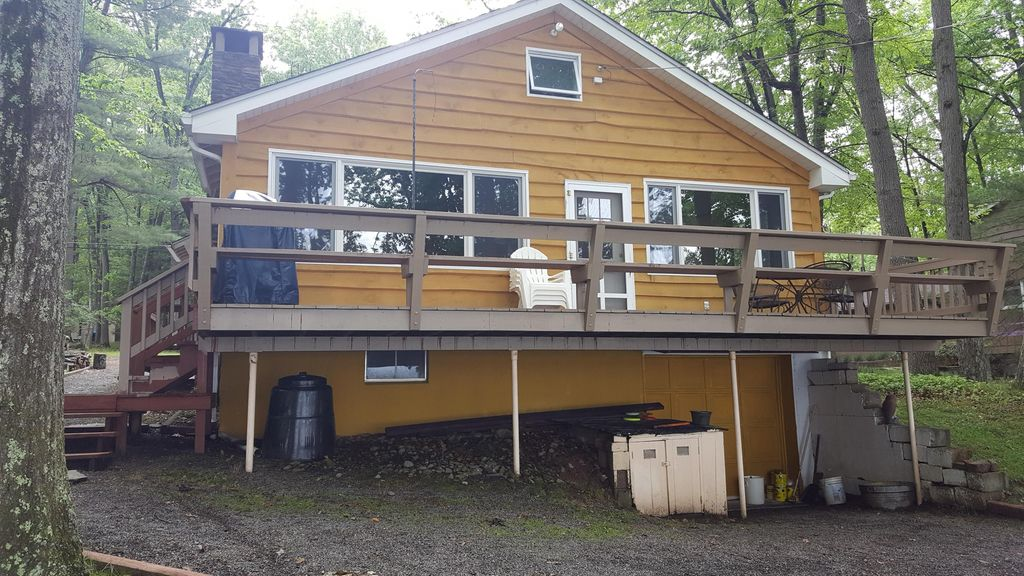 Summer Fun At Aubern House Book Now A Lake Wallenpaupack Lakefront