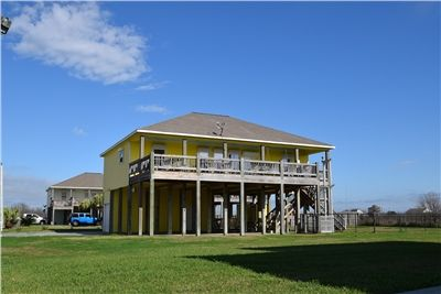 Photo for Beautiful 3 bedroom beach property located in family friendly community - Lemonade
