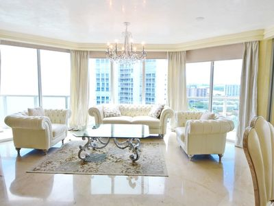 Photo for Stunning Oceanfront Vacation Rental