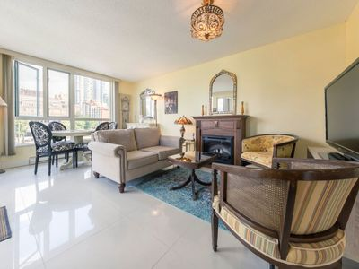 Photo for D19 - One bedroom + den close to English Bay