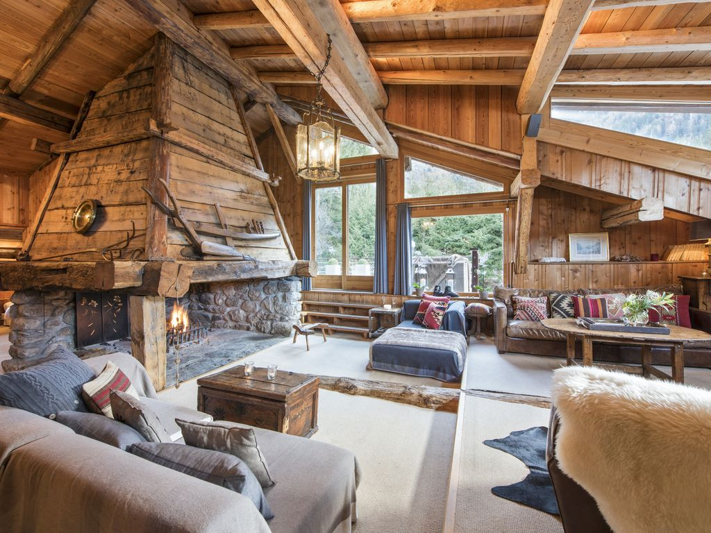 Hip chalet in chamonix original chalet with hot tub and vast living space les praz de chamonix - Chalet en bois swan valley ...