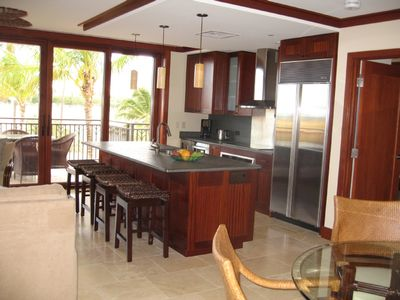 Lanai opens to make one large indoor/outdoor room