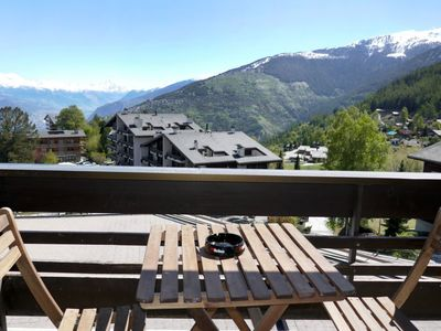 Photo for Apartment in the center of Nendaz with Lift, Internet, Washing machine, Balcony (37369)