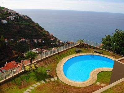 Photo for Plaza Bay - Luxury Apartment With Swimming Pool & Stunning Sea views-Free Wifi