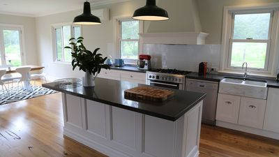 Large, well-equiped kitchen