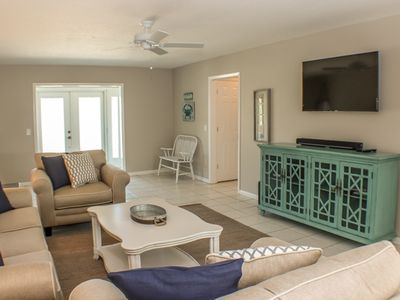 Photo for BEAUTIFUL PET FRIENDLY MOYER RETREAT 3 BEDROOM 3 BATH CANEL HOME WITH HEATED POOL/SPA
