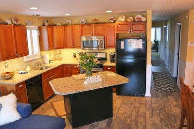 Kitchen-all new appliances and granite