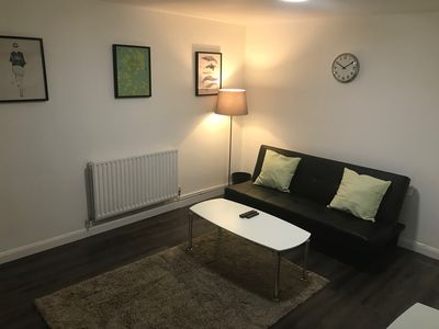 Photo for 2 Bedroom Apartment 20 seconds walk from Tooting Broadway Underground