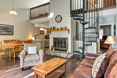 Claim this handsome Gatlinburg vacation rental townhome as your own!