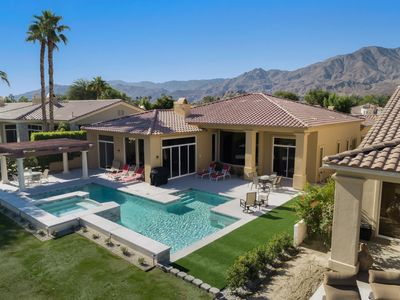 Photo for ★Luxury Private Pool/Spa   10 min from Coachella & Stagecoach   7 Sleeping Areas