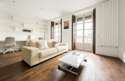 Photo for Studio apartment in Madrid with Internet (737301)