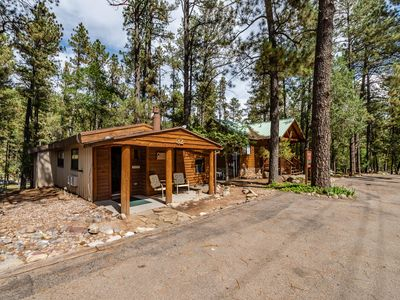 """Photo for """"Singing Pines"""" cabin will have you singing in no time!  2 bed/ 2 bath with private outdoor hot tub!"""