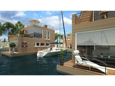 Photo for Floating cottage Sunseeker