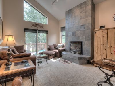 Photo for Spacious Mountain Cabin with High End Features