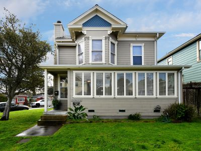 Photo for Victorian Charm in Excellent Location, Close to Beach, Downtown, and Aquarium