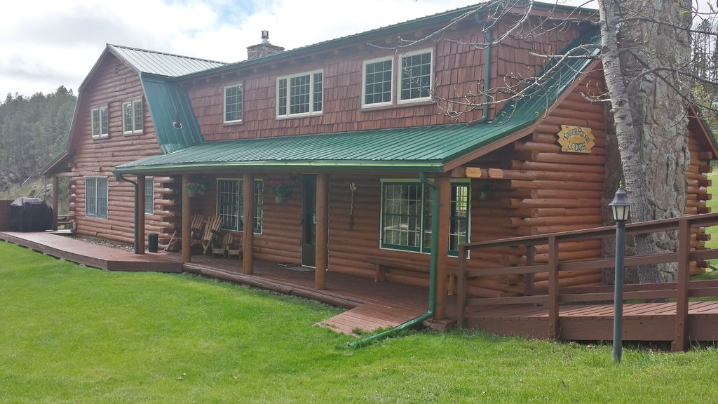 Stay At The Timber Ridge Lodge Near Hill City (6 Bedrooms/4.5 Baths)