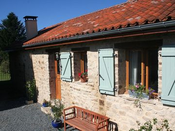 Old Mairie And Converted Barn Nr St Yrieix La Perche, Haute Vienne, Limousin - Converted Barn