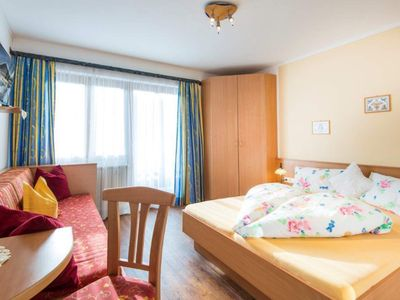 Photo for Triple room with shower, WC - Elmaugut, holiday farm
