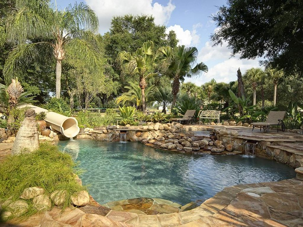 Upto 45 Guests Sleep At This Unique Private Island 62 Acre Estate! -  Clermont