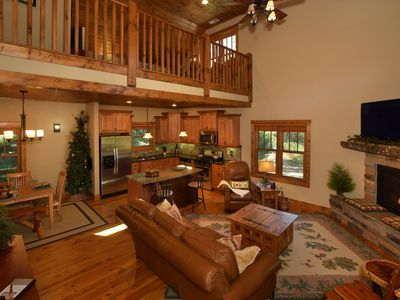 Photo for 20% OFF – EDELWEISS LODGE – Luxurious Retreat in Blowing Rock