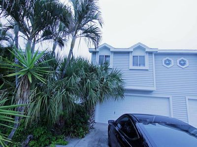 Photo for Adorable Condo- Located 5 miles Away from Honey Moon Island!