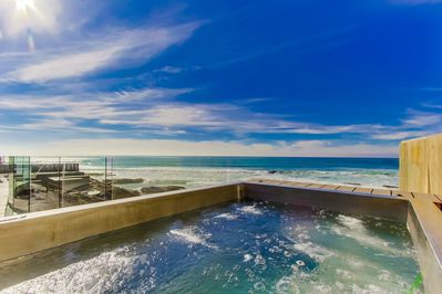 Stunning Sunset Seating Oceanfront Stainless Spa for Relaxing wh