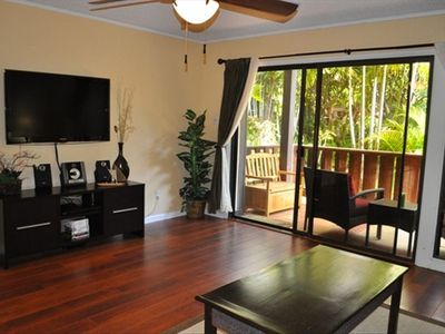42' LCD, sit back & watch your favorite shows or movie after a perfect Maui day
