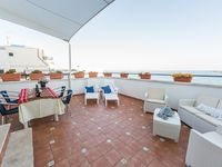 Fantastic apartment great location and grear terra