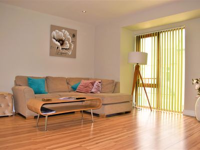 Photo for Superior One Bedroom Apartment with Patio Garden @ Alpha Apartments