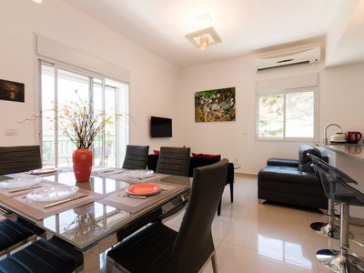 Photo for Modern 3BR 5 min to Beach