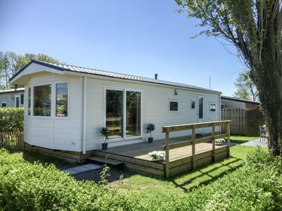 Photo for Vacation home Wiringher Chalet 49  in Wieringen, Noord - Holland - 6 persons, 3 bedrooms