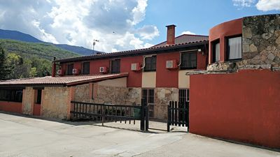 Photo for Rural house in the Valle del Jerte ideal for families with children.