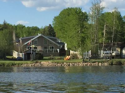 Photo for Lakeside Retreat (2 Bedroom, Sleeps 8 )