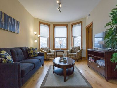 Photo for Colorful and Comfortable 2BDR with Free Parking