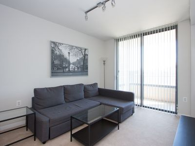 Photo for Beautiful 2 BR Apt By Metro