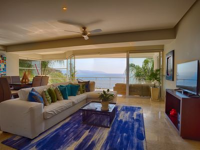 Photo for SPECTACULAR OCEAN AND JUNGLE VIEWS