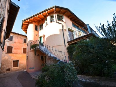 Photo for Casa CECINA: in the ancient village, quiet with lake view