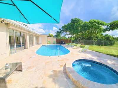 Photo for Amazing Vacation Home 5 Bedrooms with Pool and Spa