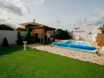 Photo for Laranjeira - 1 bedroom house with private heated pool