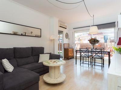 Photo for Penthouse right next to Sagrada Familia! Amazing sunny terrace +free wifi