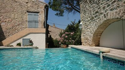 Photo for Charming sheepfold between Nîmes and Montpellier, 25 minutes from the beaches