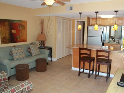 Island Winds West 875 - Upgraded Beachfront Condo - Fantastic location! BOOK NOW