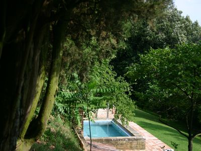 Photo for Beautiful apartment in villa for 4 people with pool, WIFI, TV and parking, close to Montepulciano