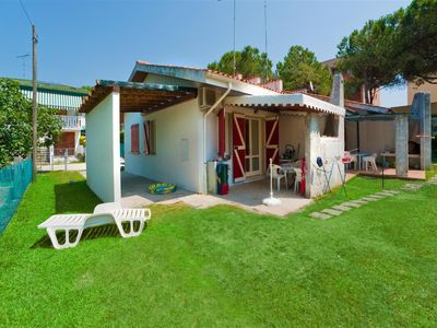 Photo for Bungalow with barbecue and air conditioning