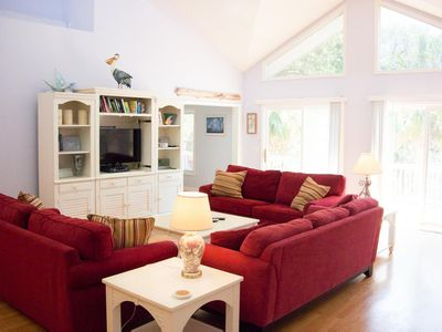 Photo for Lovely 3 bedroom home with ocean access; guest cards available