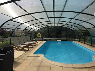 Photo for Air-conditioned house with heated pool and domed hot tub
