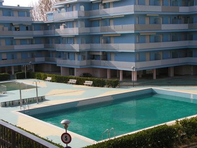 Photo for Apartment in residence with swimming pool - 7 beds - air conditioning