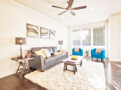 Photo for Beautiful 3 bedroom townhome in Old Town North, Brewery District