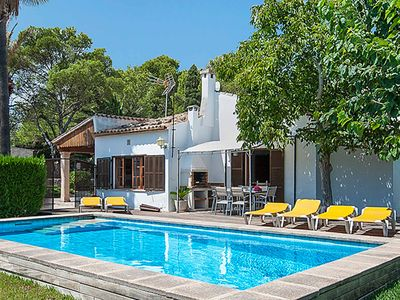 Photo for Villa Provenza - 500m from the entrance to the popular resort of Puerto Pollensa