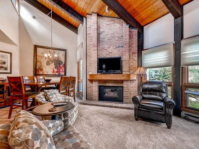 Photo for Vaulted Ceilings and Lots of Natural Light - Steps Away From Mountain Trails